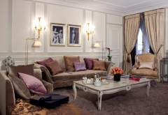 Paris Hotel Romantic Rooms - Le Meurice