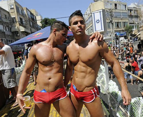 Порно гей групповуха смотреть бесплатно