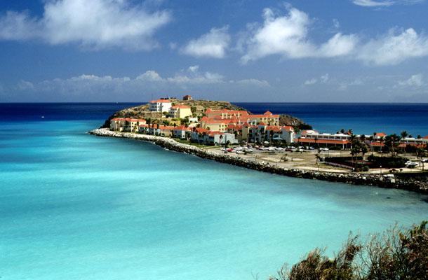 Rooms: Caribbean Summer Vacation Deals