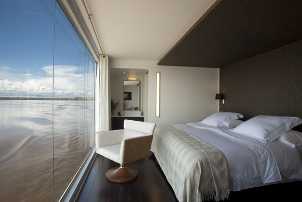 One luxury amazon river cruise in peru you can t miss for Small luxury hotel 7 little words