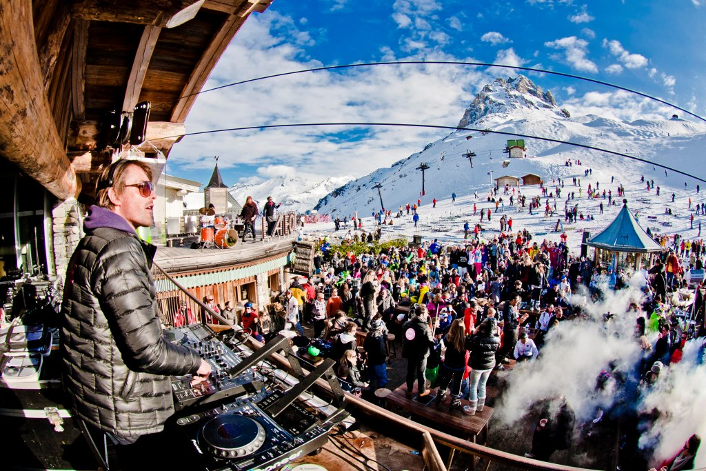Le Folie Douce Meribel Dance Floor